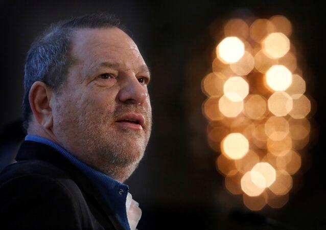 Harvey Weinstein fala na 40ª Conferência Anual de Mídia e Comunicação Global em Nova York em 5 de dezembro de 2012 (foto de arquivo)