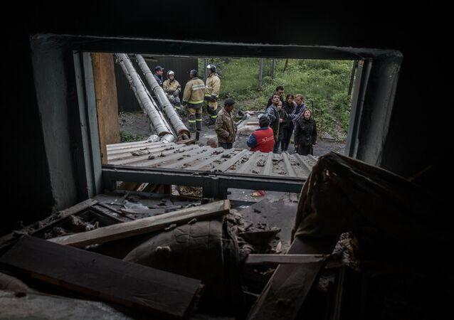 Donetsk está em ruínas após bombardeio de noite