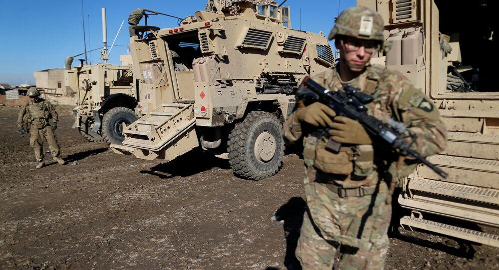 Soldados do exército norte-americano na cidade de Bartela, perto de Mossul, Iraque