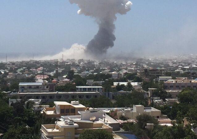 Explosão de um carro-bomba na capital da Somália (foto de arquivo)