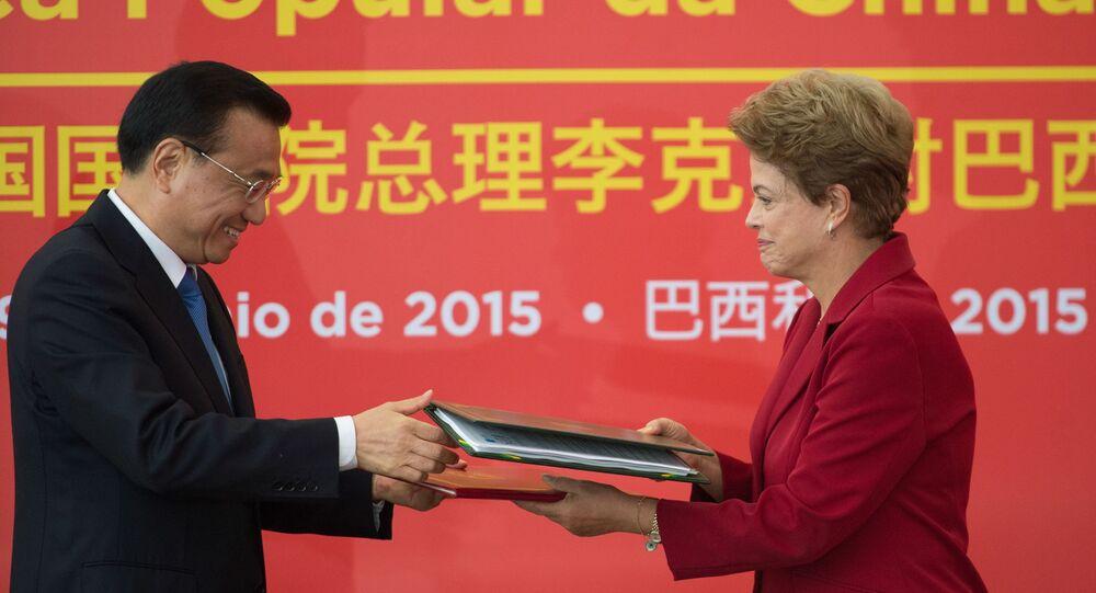 O primeiro-ministro da China, Li Keqiang, durante declaração à imprensa com a presidenta Dilma Rousseff, no Palácio do Planalto