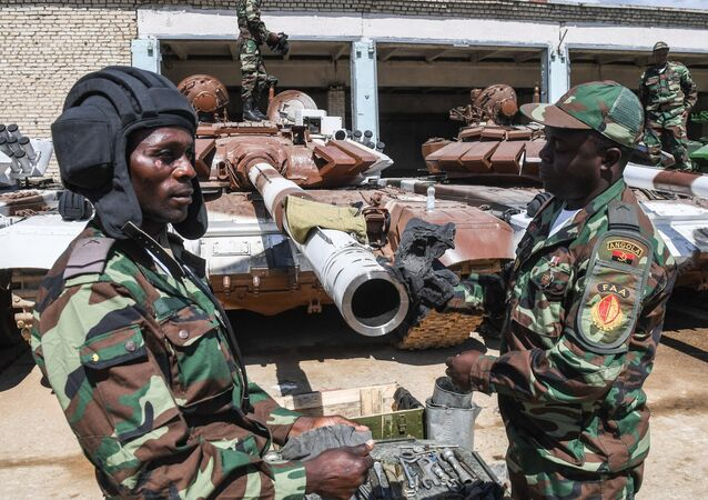 Militares de Angola (foto de arquivo)