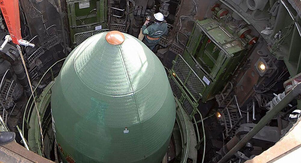 Preparação para lançamento de míssil (imagem referencial)