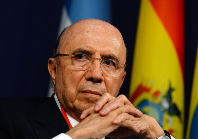 Ministro Henrique Meirelles está otimista com a admissão