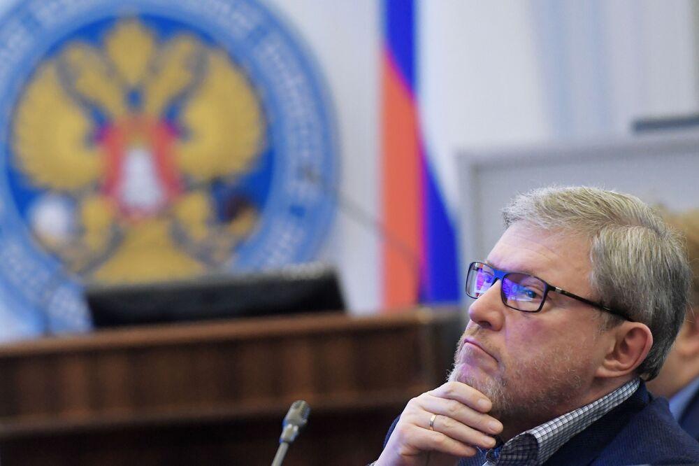 Candidato à Presidência da Rússia pelo partido Yabloko, Grigory Yavlinsky, durante o registro da sua candidatura na Comissão Eleitoral Central da Rússia, 7 de fevereiro de 2018