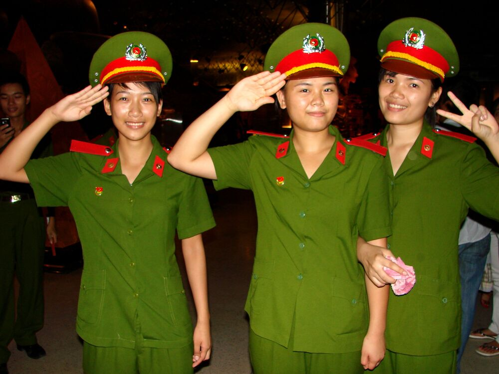 Mulheres militares do exército vietnamita