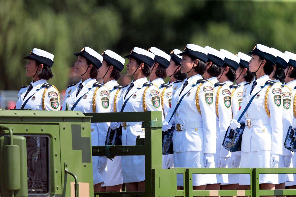 Militares do exército chinês durante a parada em homenagem ao 70º aniversário da vitória do povo chinês na guerra de resistência contra o Japão e do fim da Segunda Guerra Mundial