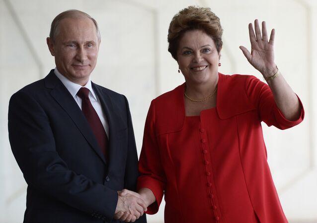 Encontro dos presidentes Vladimir Putin, da Rússia, e Dilma Rousseff, do Brasil, em Brasília, em 14 de julho de 2014