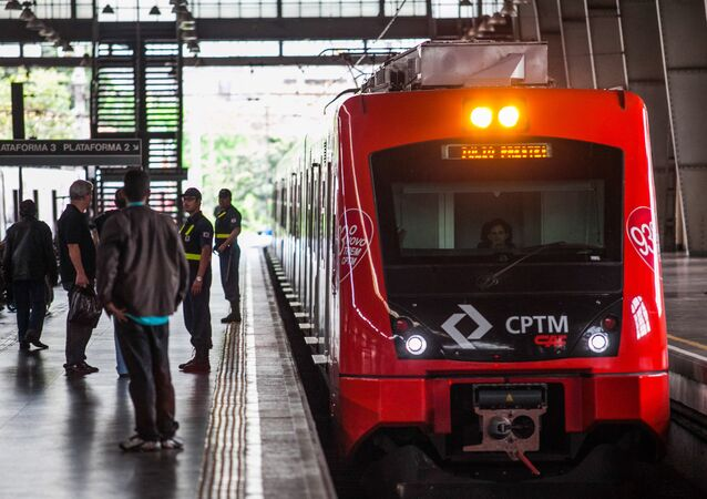Trens e Metrô de São Paulo anunciam greve