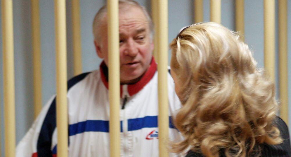 Sergei Skripal, ex-coronel do serviço de inteligência militar da Rússia, durante uma audiência no tribunal do distrito militar de Moscou (foto de arquivo, 2006)