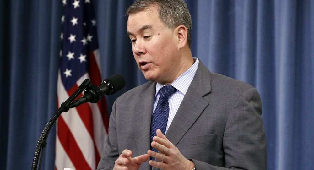 Sub-secretário de Defesa dos EUA, John Rood, fala durante coletiva de imprensa sobre Revisão da Postura Nuclear.