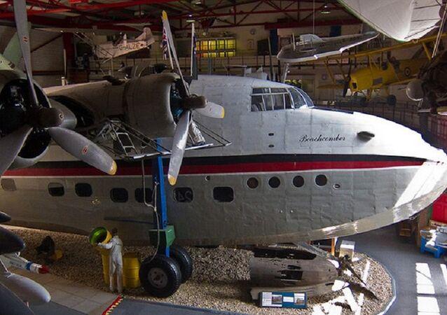 Avião exibido em um museu