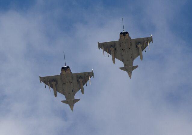 Dois caças alemães Eurofighter Typhoon