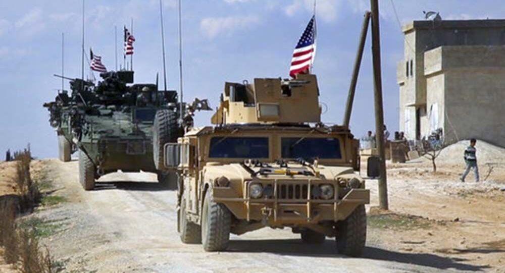 Forças dos EUA patrulhando nos arredores da cidade síria de Manbij, província de Aleppo (foto de arquivo)