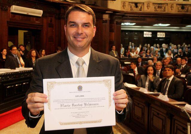 Flávio Nantes Bolsonaro, do Partido Social Liberal (PSL), deputado estadual do Rio de Janeiro, em imagem de 15 de dezembro de 2014, na Alerj