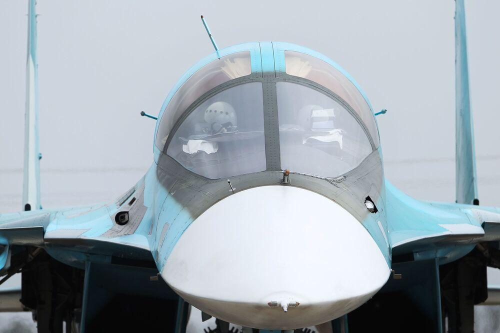Bombardeiro tático Su-24M no concurso Aviadarts 2018