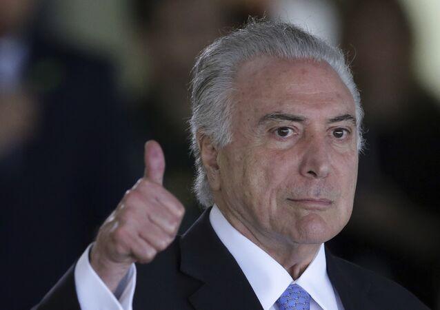 Presidente do Brasil, Michel Temer, chega à Cúpula do Mercosul no Palácio do Itamaraty, em Brasília, em 2017.