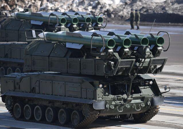 Sistema de mísseis russo Buk-M2