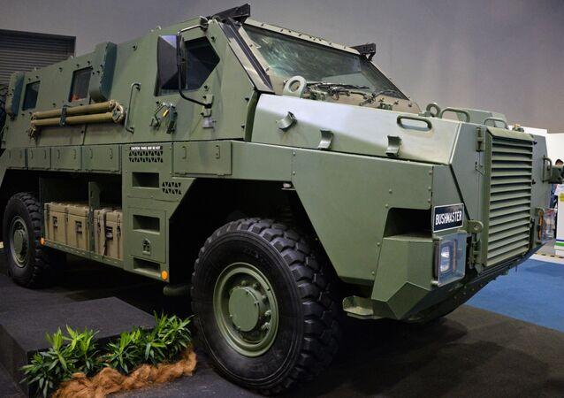 Veículo blindado de transporte de pessoal Bushmaster, desenvolvido pela empresa australiana ADI (imagem de referência)