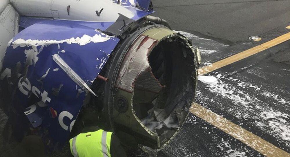 Avião da Southwest Airlines danificado