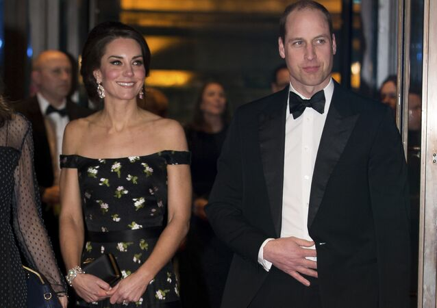 Duquesa de Cambridge, Kate Middleton, e príncipe William no tapete vermelho do Bafta, prêmio cinematográfico do Reino Unido