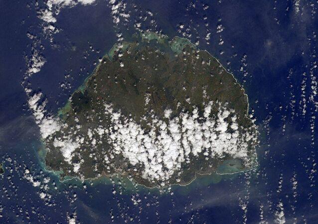 Foto da ilha Maurício tirada a partir do espaço pelo cosmonauta russo Anton Shkaplerov