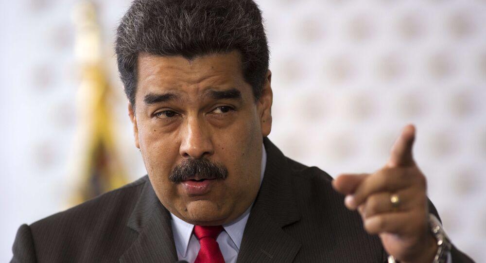 Nicolás Maduro anuncia congelamento de contas de várias empresas do Panamá