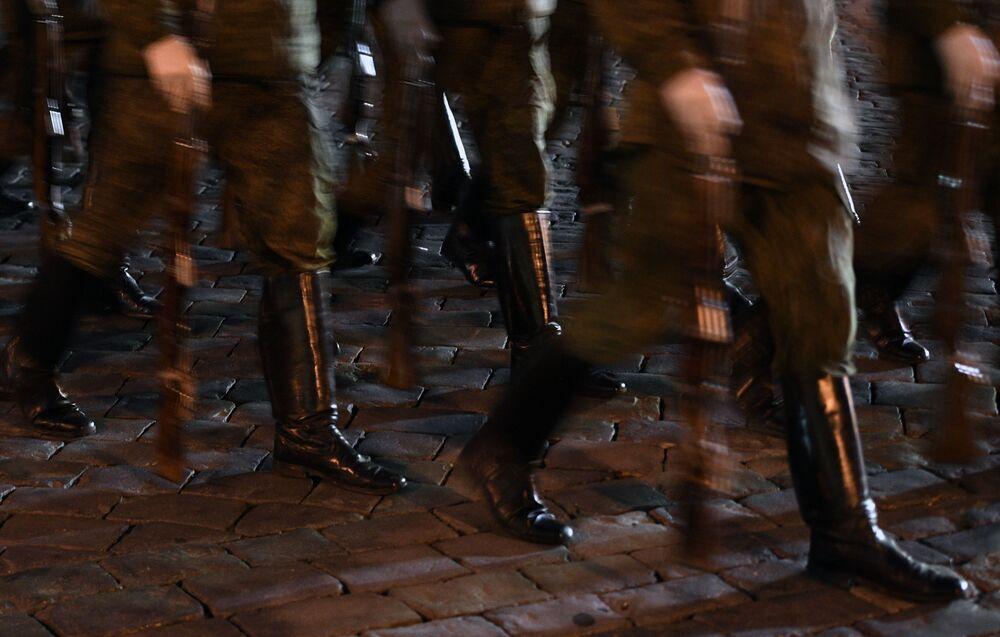 Militares das unidades de desfile durante o ensaio