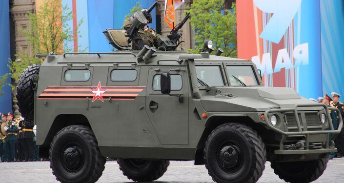Veículo blindado Tigr-M com canhão automático participa do ensaio geral da 73ª Parada da Vitória, em 6 de maio de 2018, na Praça Vermelha