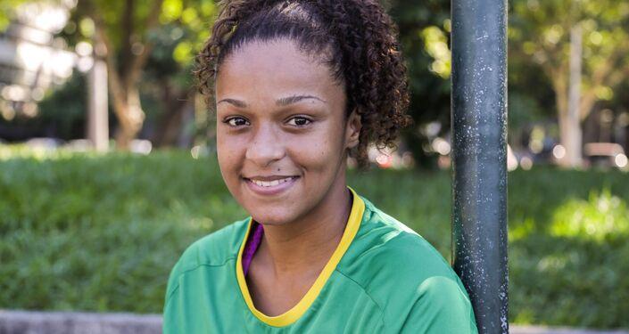 Laryssa Soares Batista da Anunciação, , jogadora da seleção brasileira na Street Child World Cup 2018.