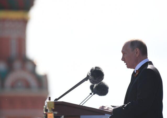 Presidente russo, Vladimir Putin, durante seu discurso em homenagem ao 73º aniversário do Dia da Vitória