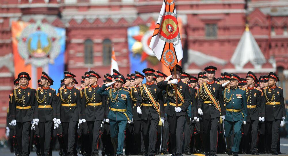 Companhia da Escola Militar Suvorov durante a Parada da Vitória em Moscou (arquivo)