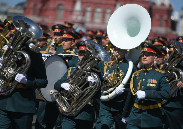 Músicos militares durante a Parada da Vitória, 9 de maio de 2018, Moscou