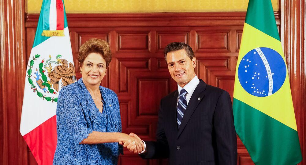 Dilma Rousseff se encontra com o presidente Enrique Peña Nieto, no Palácio Nacional, sede do governo mexicano
