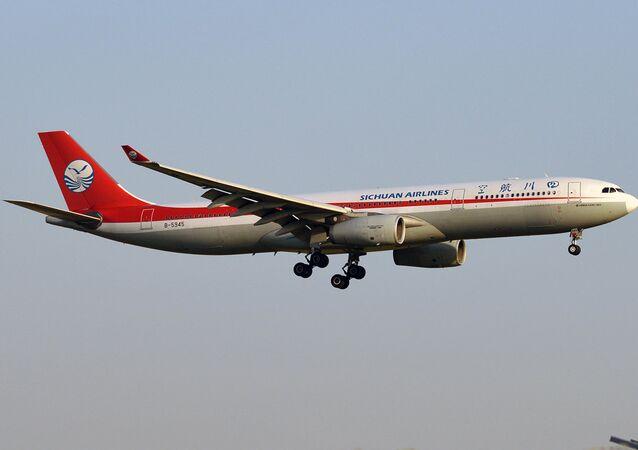 Avião da companhia chinesa Sichuan Airlines