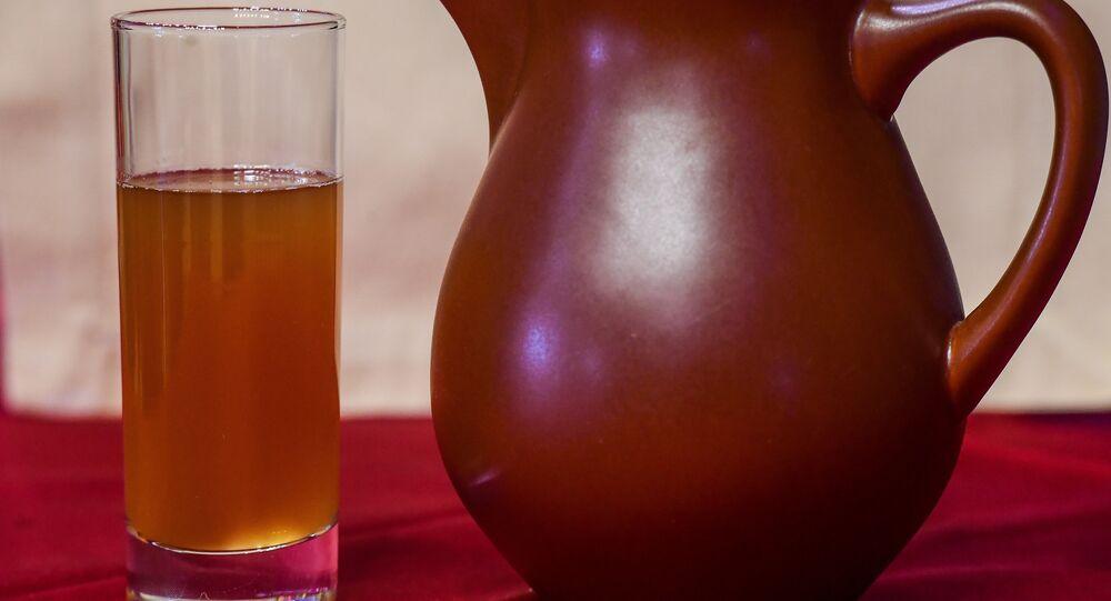 Poza, bebida de baixo teor alcoólico tradicional da Mordóvia