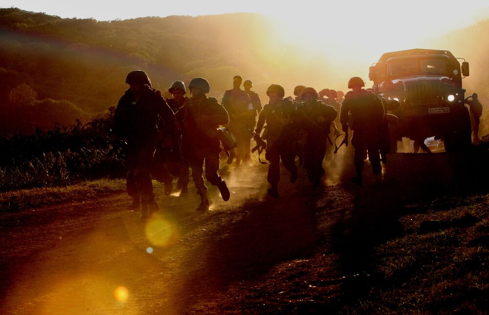 Fuzileiros navais da Frota do Pacífico durante verificação da prontidão de combate das tropas no Distrito Militar Oriental