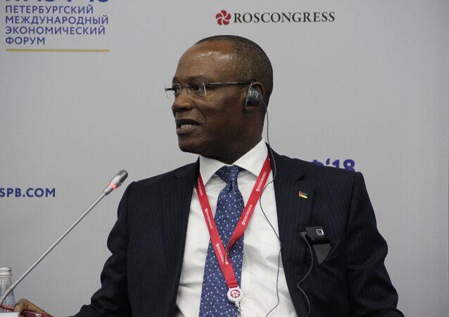 Ministro das Relações Exteriores de Moçambique, José Condungua Pacheco, no Fórum Econômico Internacional de São Petersburgo (SPIEF), em 25 de maio de 2018