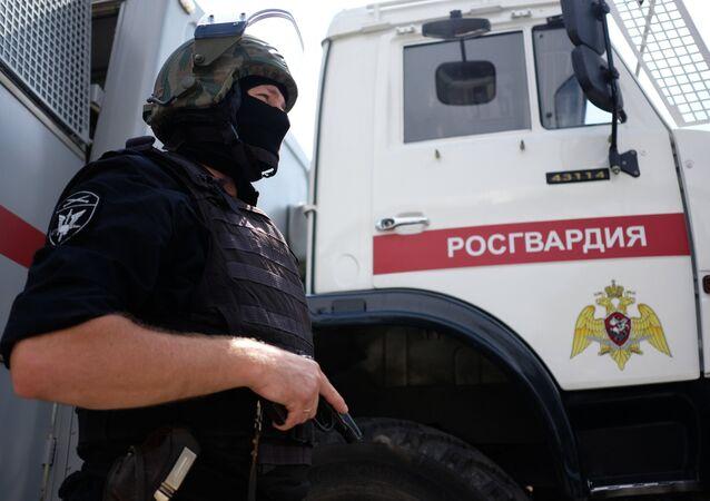 Agente da Unidade Especial de Polícia da Guarda Nacional russa