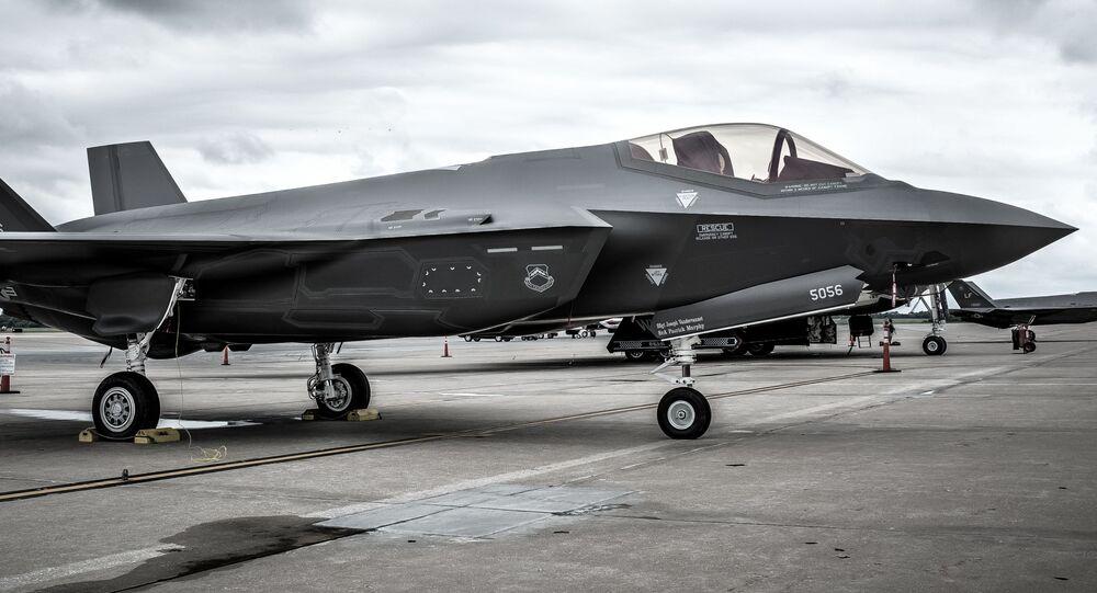 Caça norte-americano F-35