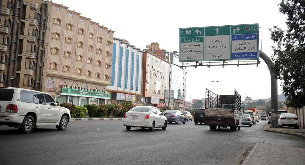 Avenida principal da cidade saudita de Taif