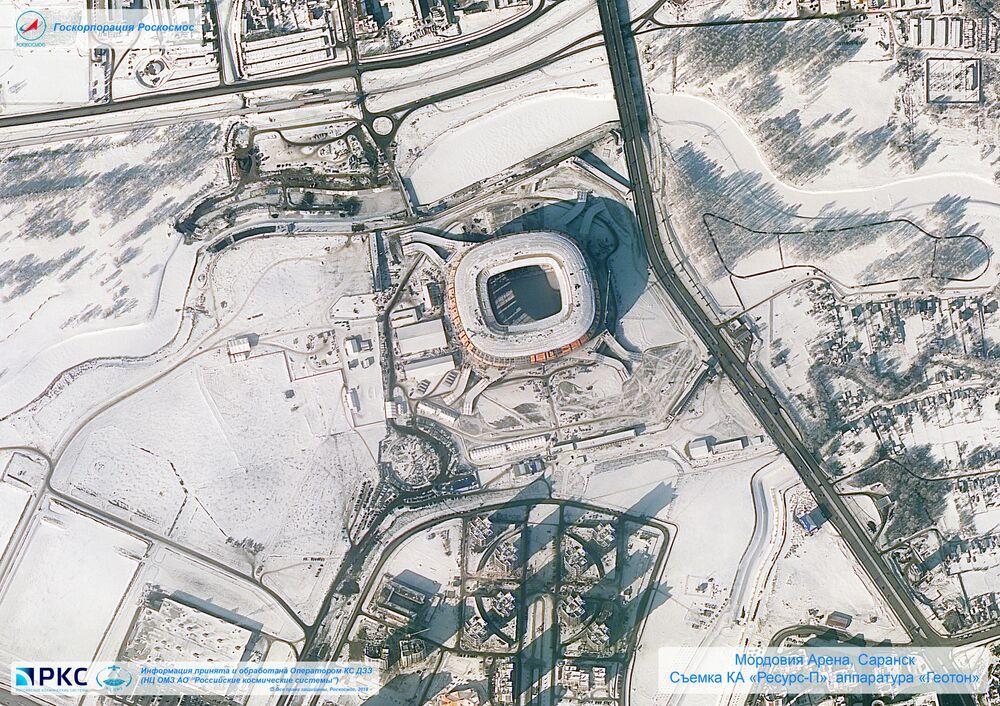 Imagem do estádio Mordovia Arena tirada pelo satélite russo Resurs-P nas vésperas da Copa do Mundo 2018, na cidade-sede de Saransk