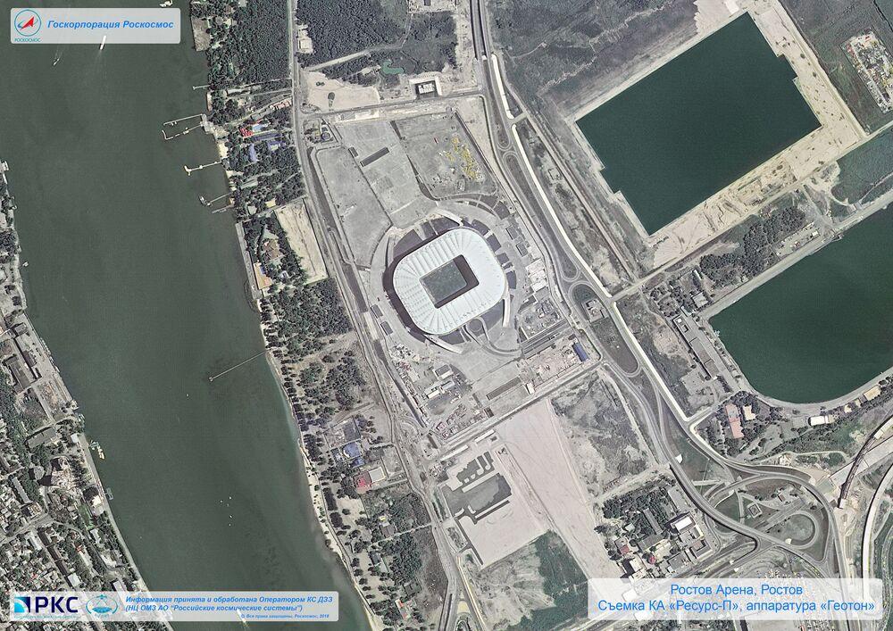 Imagem do estádio Rostov Arena tirada pelo satélite russo Resurs-P nas vésperas da Copa do Mundo 2018, na cidade-sede de Rostov-no-Don