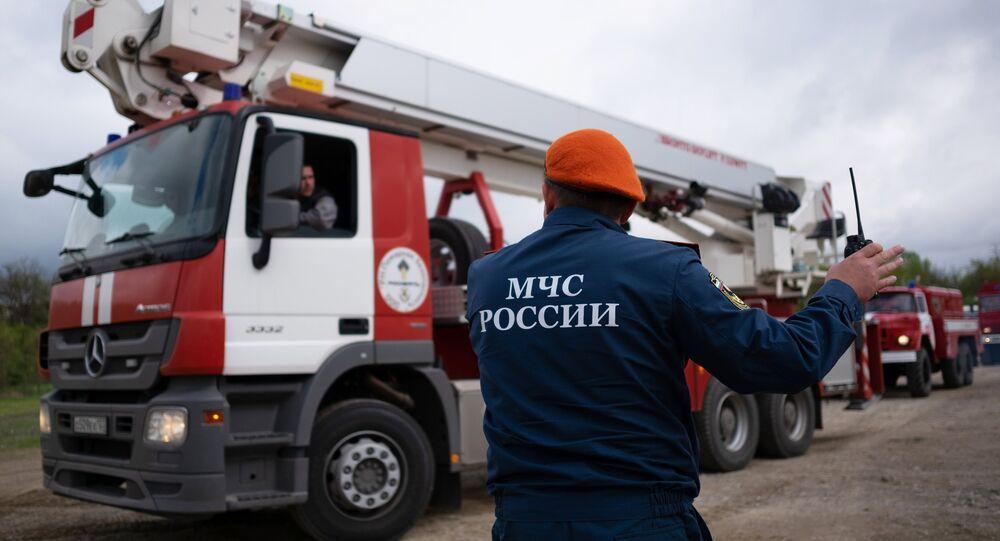 Funcionário do Ministério para Situações de Emergência da Rússia em atividade (arquivo)