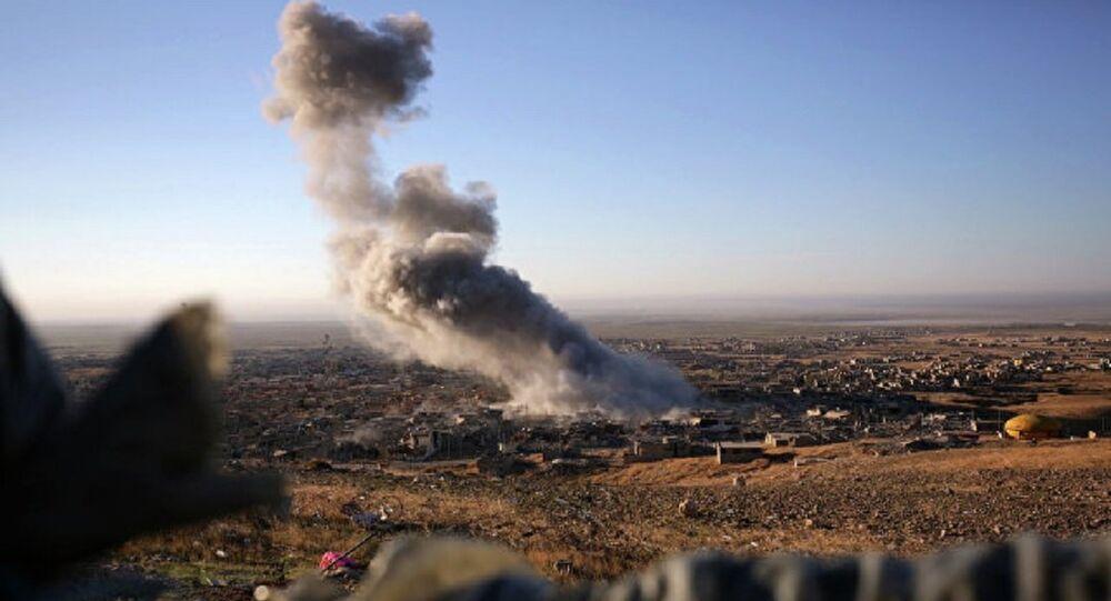 Ataque aéreo da coalizão internacional na Síria (foto de arquivo)