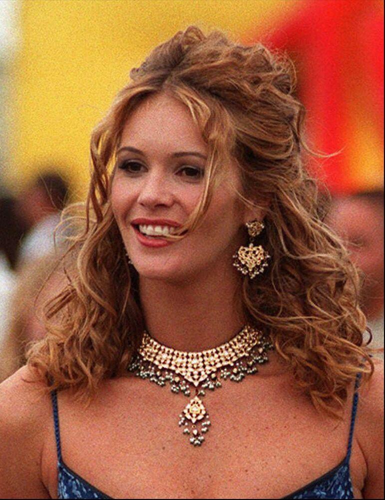 Modelo e atriz australiana Elle Macpherson, em junho de 1997