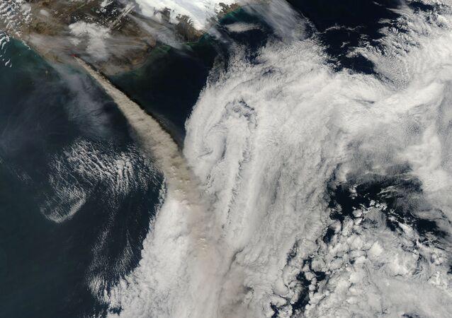 Imagem do vulcão Eyjafjallajokull na Islândia
