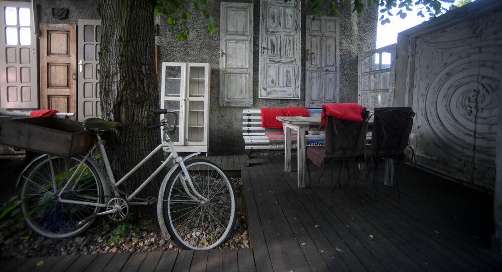Varanda do Restaurante Tchaikovsky em Kaliningrado