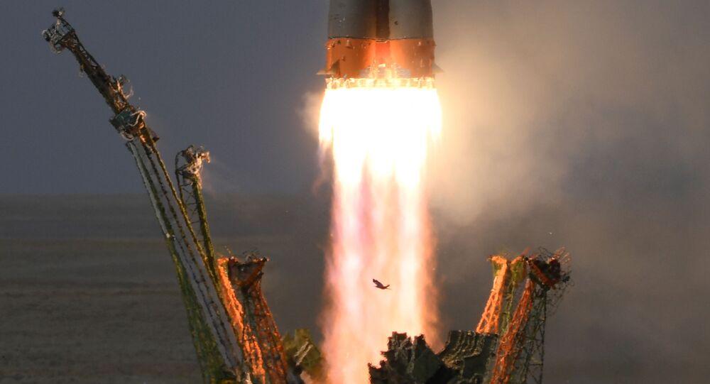 Lançamento do foguete-portador Soyuz-FG transportando a nave espacial tripulada Soyuz MS-09 a partir do cosmódromo de Baikonur (foto de arquivo)