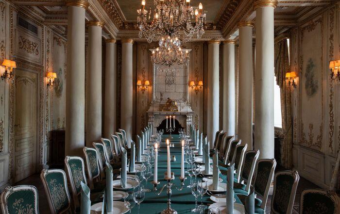 Interior do restaurante da cozinha russa Café Pushkin